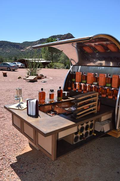 Bulleit-Whiskey-Woody-Tailgate-Trailer-image004